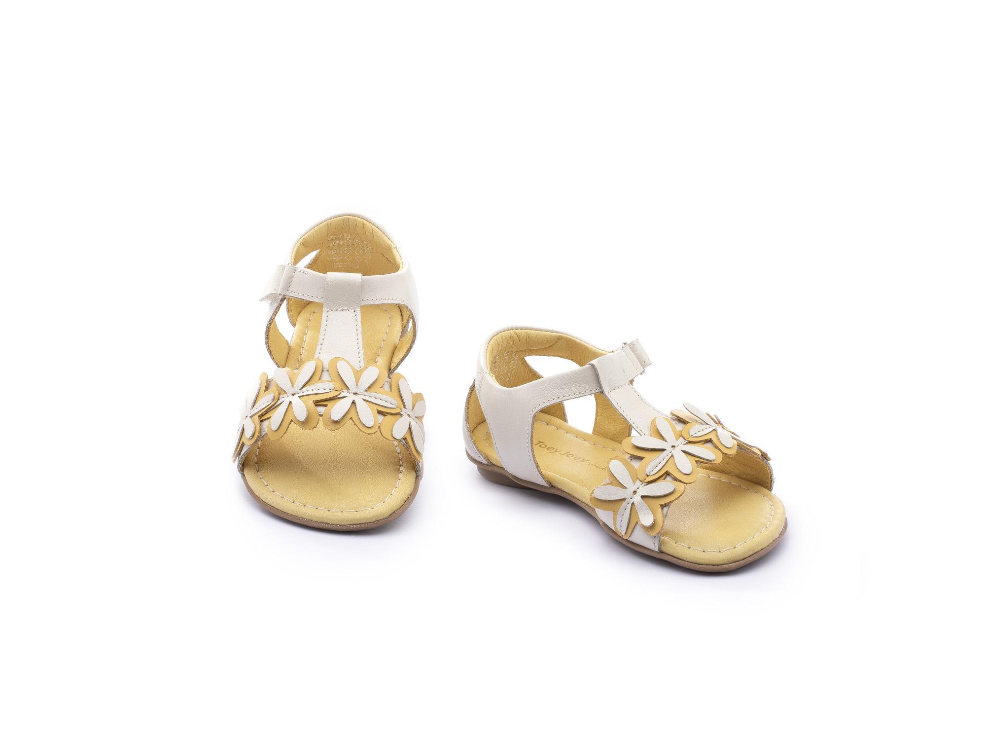 Sandália Little Daisies Antique White/ Pequi Toddler 2 à 4 anos - 2